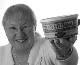 Lisas_Hummus_small_bw